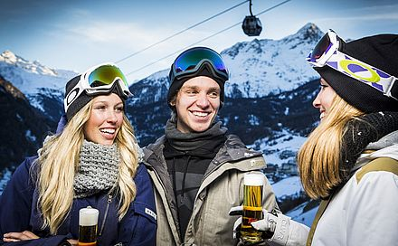 Hüttengaudi im Skiurlaub in Sölden